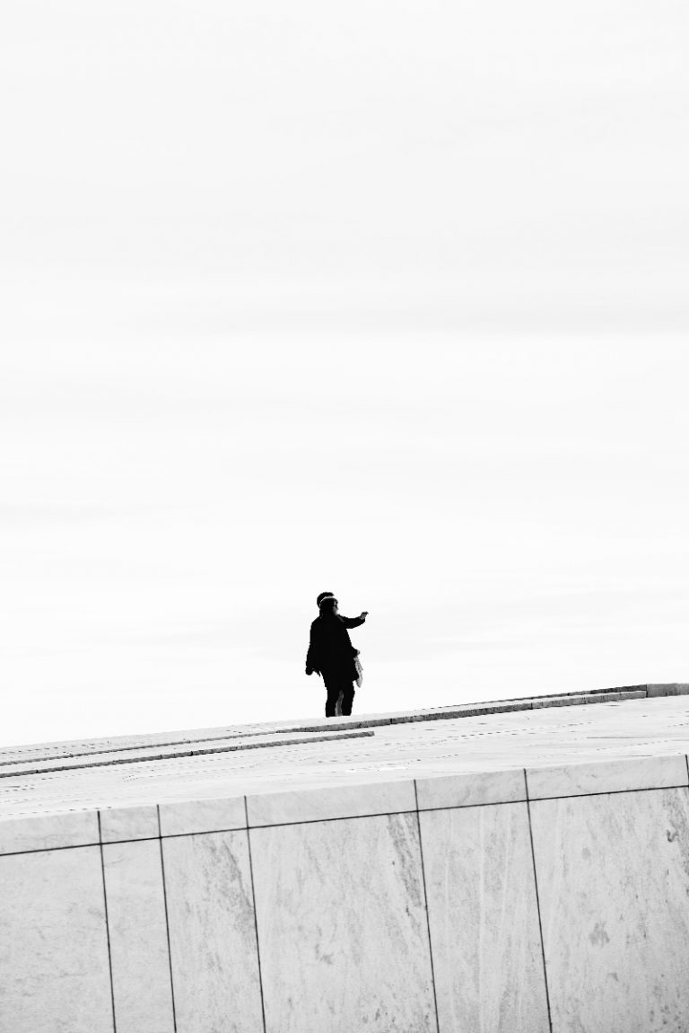 Roof People - a photo by Eirik Jeistad